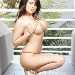 Eva Angelina in '21Sextury' Lusty busty Eva Angelina (Thumbnail 8)