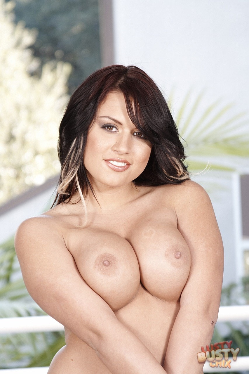 21Sextury 'Lusty busty Eva Angelina' starring Eva Angelina (Photo 12)