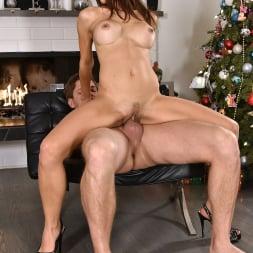 Eva Long in '21Sextury' Merry Fucking Xmas (Thumbnail 140)
