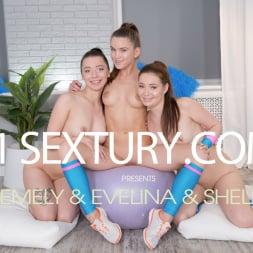 Evelina Darling in '21Sextury' Cutie Cheerleader Party (Thumbnail 1)