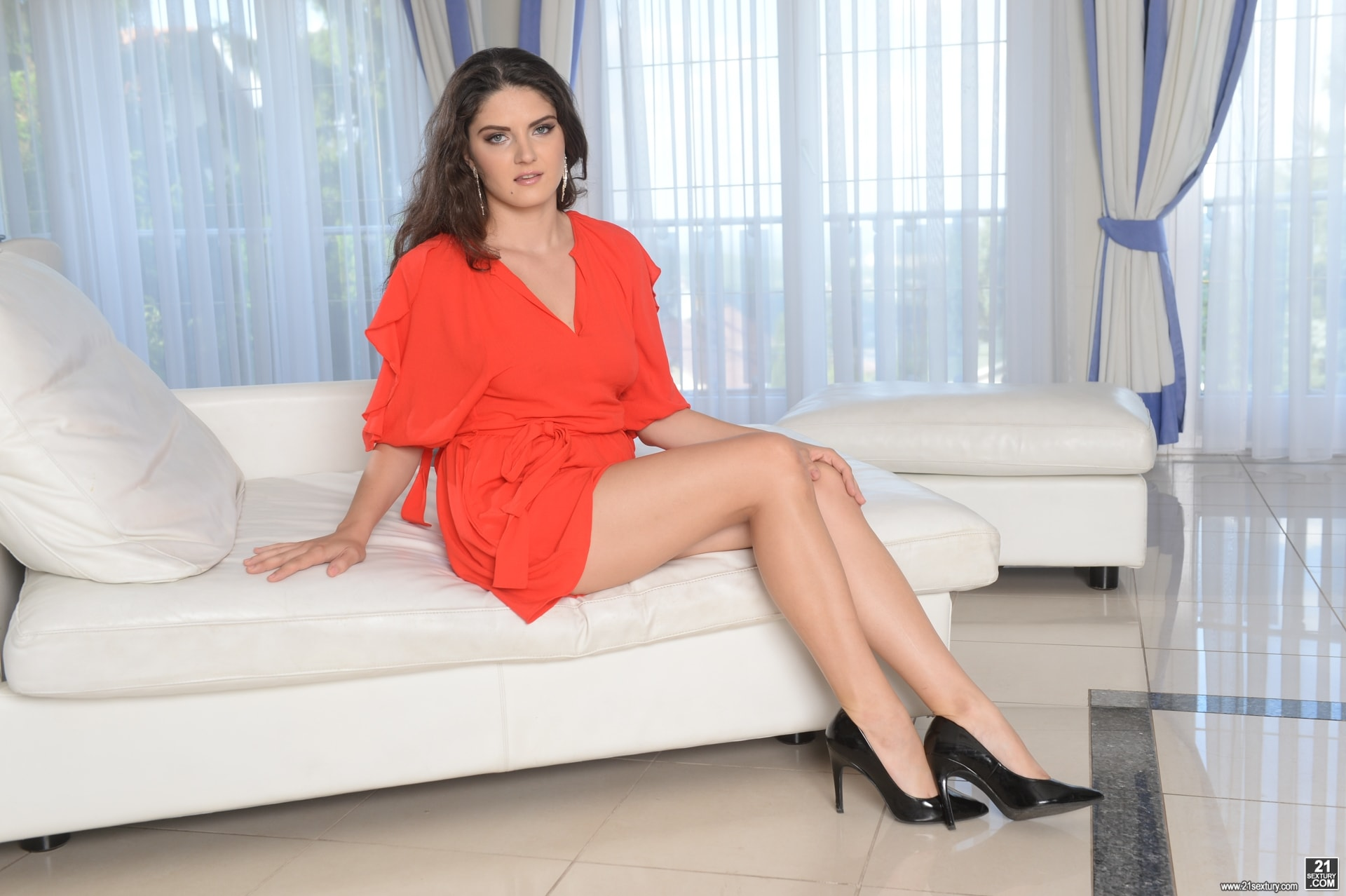 21Sextury 'Make It A Double' starring Franceska Dicaprio (Photo 1)