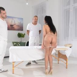 Francys Belle in '21Sextury' Double Pounding Massage (Thumbnail 32)