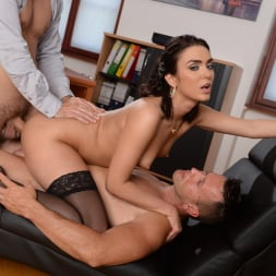 Geni Juice in '21Sextury' Double Duty at the Office (Thumbnail 234)