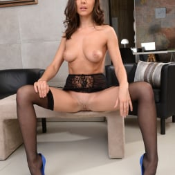Henessy in '21Sextury' Threesome At The Office (Thumbnail 18)