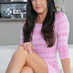 India Summer in '21Sextury' Hot Summer (Thumbnail 1)