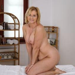 Jennyfer in '21Sextury' Jennyfer's Anal Massage (Thumbnail 28)