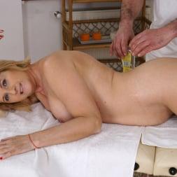 Jennyfer in '21Sextury' Jennyfer's Anal Massage (Thumbnail 56)
