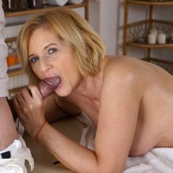 Jennyfer in '21Sextury' Jennyfer's Anal Massage (Thumbnail 154)