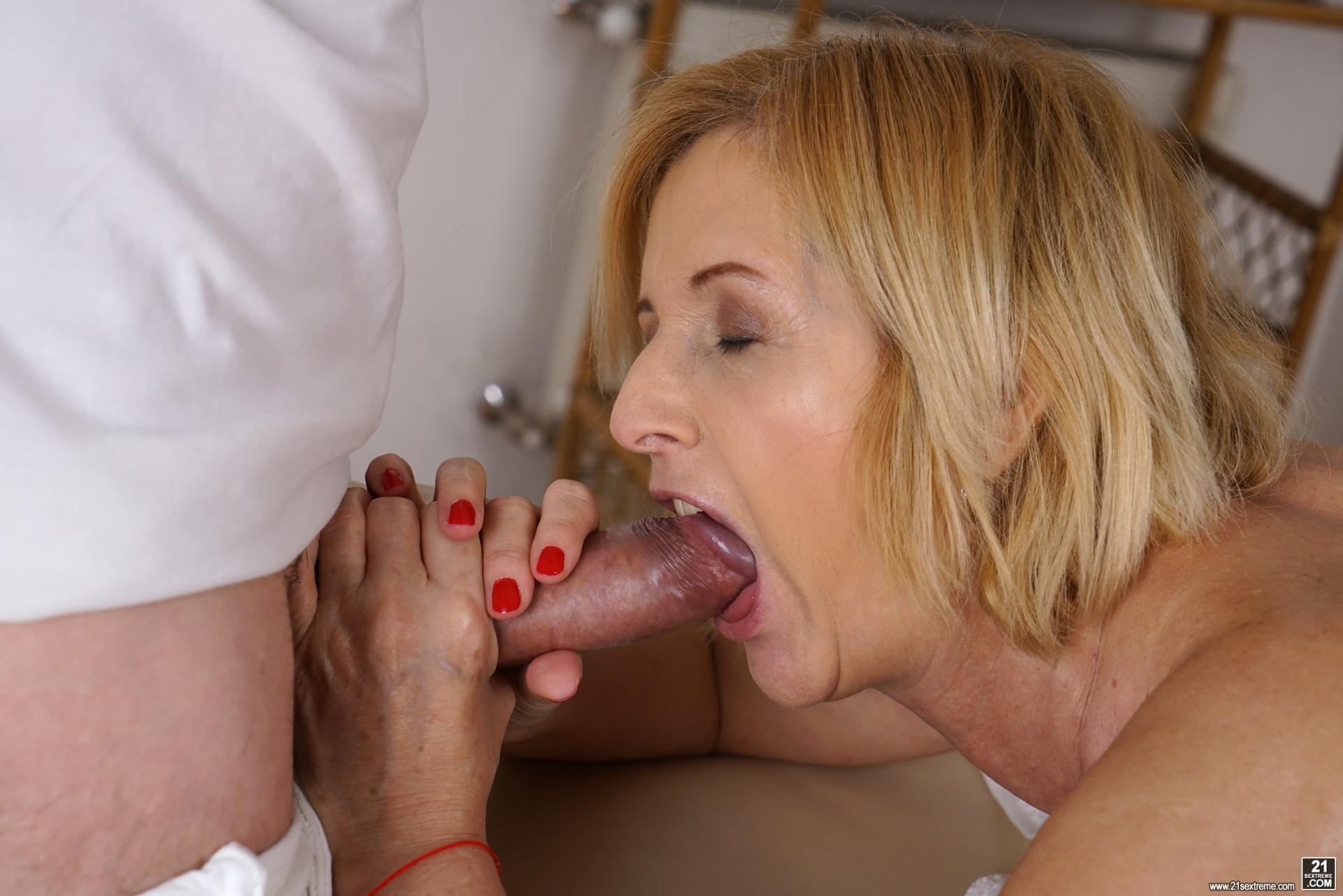 21Sextury 'Jennyfer's Anal Massage' starring Jennyfer (Photo 168)