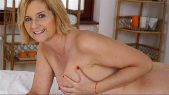 Jennyfer in 'Jennyfer's Anal Massage'