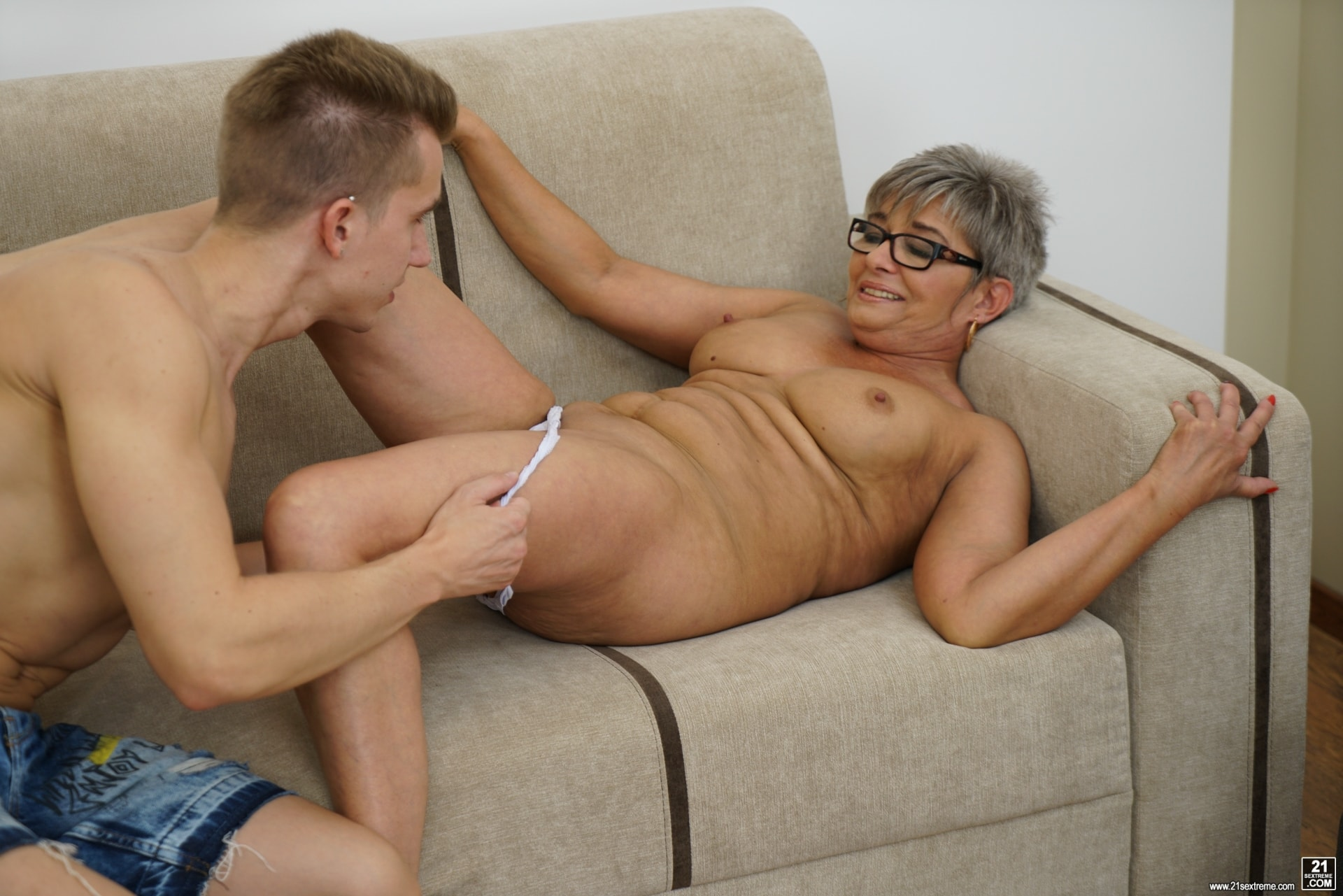 21Sextury 'The Charms Of A Granny's Pussy' starring Jessye (Photo 42)