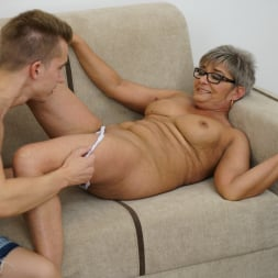 Jessye in '21Sextury' The Charms Of A Granny's Pussy (Thumbnail 42)