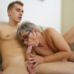 Jessye in '21Sextury' The Charms Of A Granny's Pussy (Thumbnail 84)