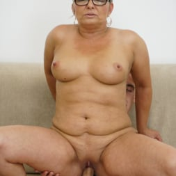 Jessye in '21Sextury' The Charms Of A Granny's Pussy (Thumbnail 98)