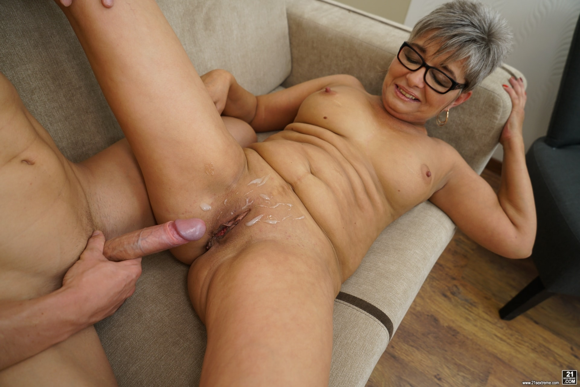 21Sextury 'The Charms Of A Granny's Pussy' starring Jessye (Photo 210)