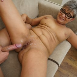 Jessye in '21Sextury' The Charms Of A Granny's Pussy (Thumbnail 210)