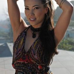 Kalina Ryu in '21Sextury' A dame to worship (Thumbnail 8)