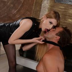Karina Grand in '21Sextury' Blindfolded To Fuck Karina (Thumbnail 54)