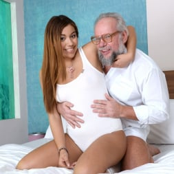 Karla in '21Sextury' Morning Coffee and Fuck (Thumbnail 45)