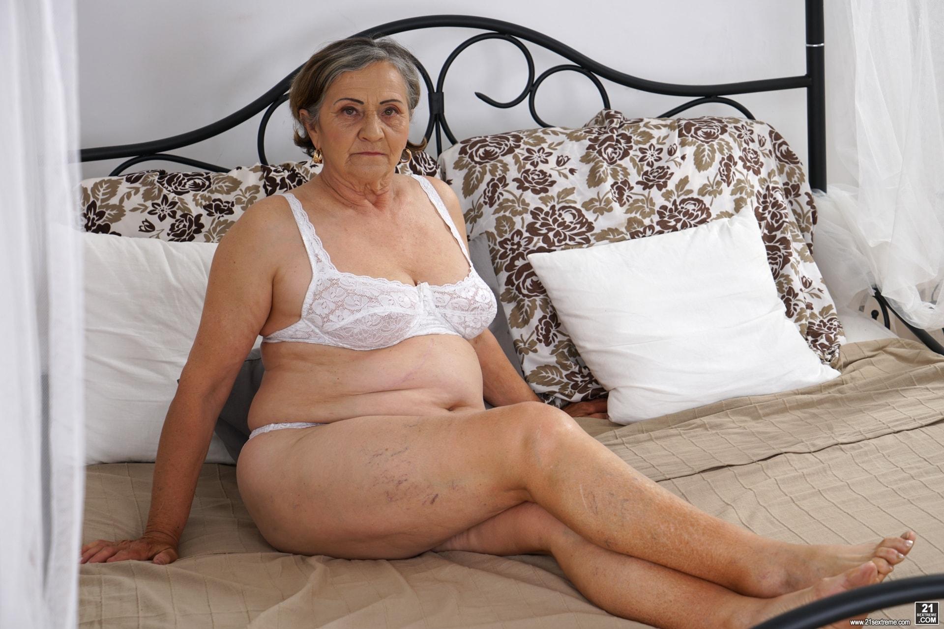 sex vidoes kåta gamla kvinnor