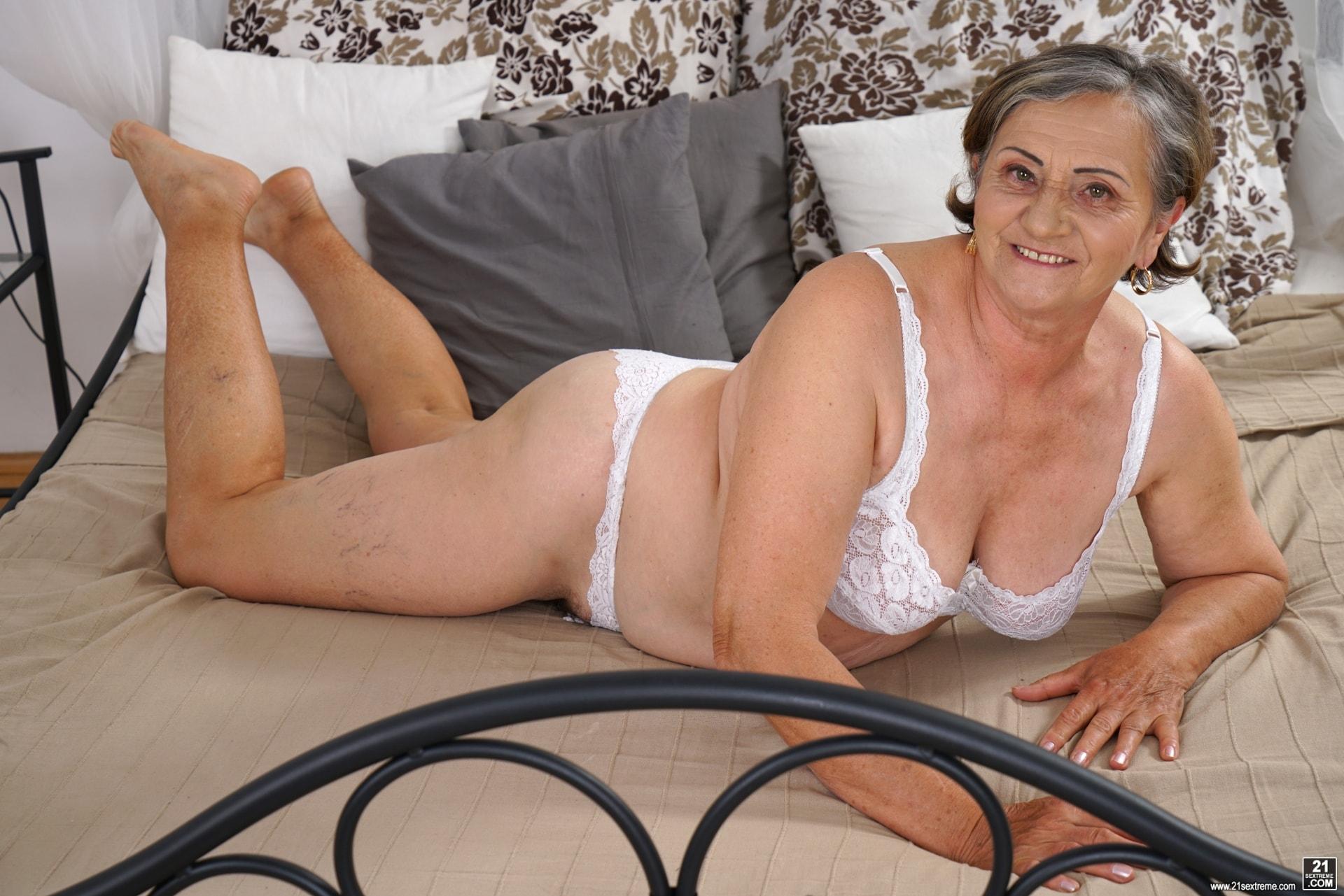 21Sextury 'Horny Hairy Granny' starring Kata (Photo 18)