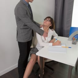 Katty Blessed in '21Sextury' Nerd Girl Fucks Prof (Thumbnail 20)