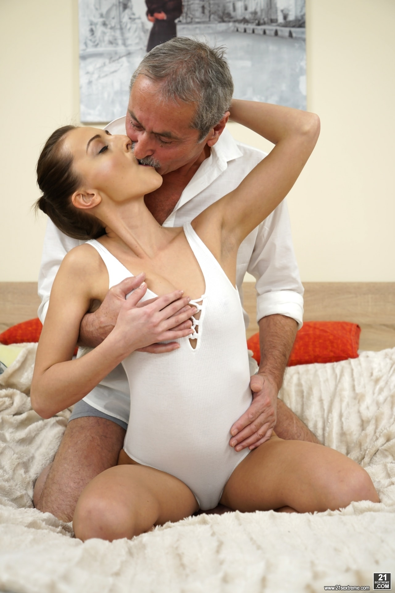 21Sextury 'Old Cock Meets Young Pussy' starring Katy Rose (Photo 22)