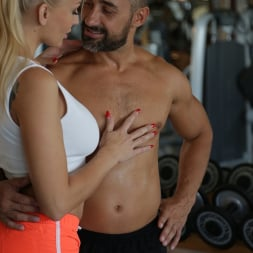 Kayla Green in '21Sextury' Mesmerized by strength (Thumbnail 24)