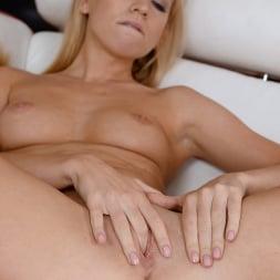Kiara Lord in '21Sextury' Kiara Delivers Again! (Thumbnail 55)