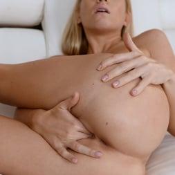 Kiara Lord in '21Sextury' Kiara Delivers Again! (Thumbnail 66)