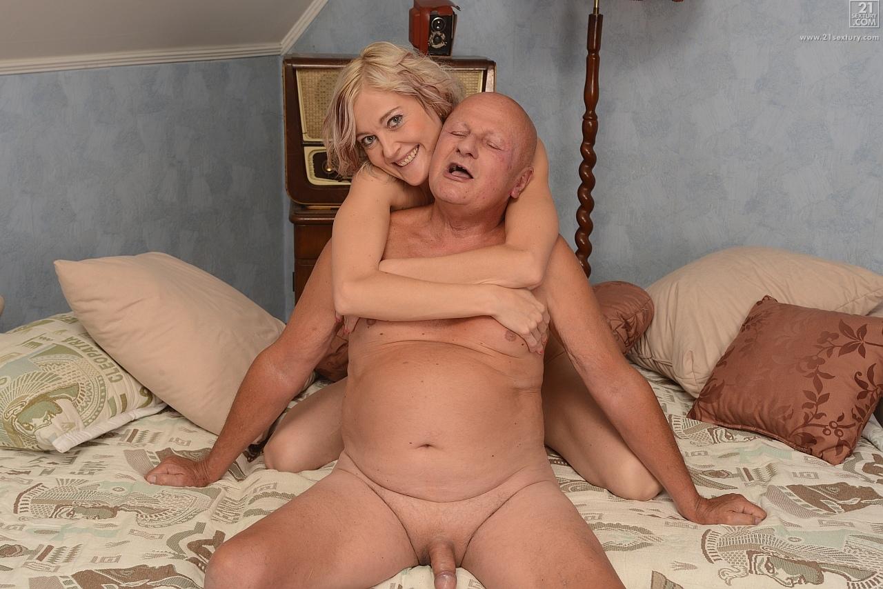 21Sextury 'Mature Fun' starring Kimberley (Photo 96)