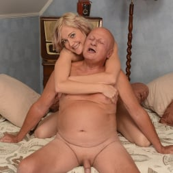 Kimberley in '21Sextury' Mature Fun (Thumbnail 96)