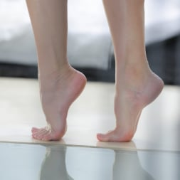 Kira Parvati in '21Sextury' Craving Her Toes (Thumbnail 28)