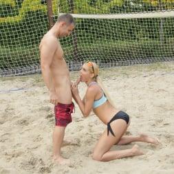 Kitana Lure in '21Sextury' Beach Babe Butt-Sex (Thumbnail 28)