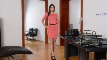 Kitana Lure in 'Sexy for a teacher'