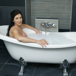 Lien Parker in '21Sextury' Lesbian Love in the Tub (Thumbnail 1)