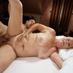 Lili in '21Sextury' Auntie Lili Is Back (Thumbnail 49)