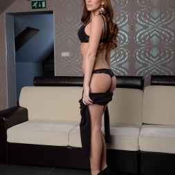 Linda Luv in '21Sextury' Stripping Off and Away (Thumbnail 24)