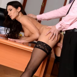 Linda Moretti in '21Sextury' Business Affairs (Thumbnail 132)