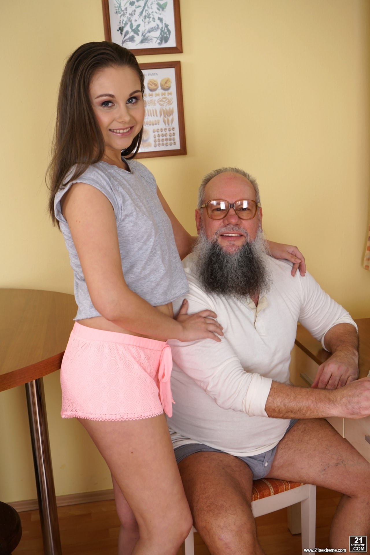 21Sextury 'Tasting A Young Woman' starring Liza Shay (Photo 1)