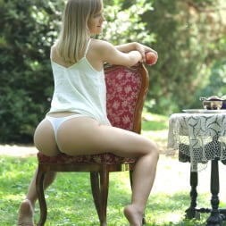 Lucette Nice in '21Sextury' Apple Butt (Thumbnail 21)