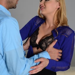 Lucy Heart in '21Sextury' Lucy's New Boyfriend (Thumbnail 40)