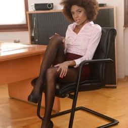 Luna Corazon in '21Sextury' Interracial Office Orgasm (Thumbnail 1)