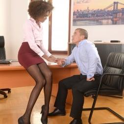 Luna Corazon in '21Sextury' Interracial Office Orgasm (Thumbnail 30)