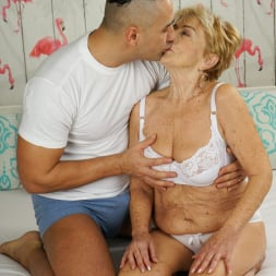 Malya in '21Sextury' Cum On Granny! (Thumbnail 21)