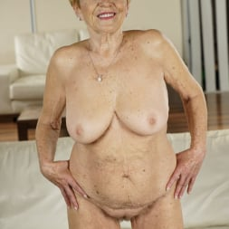 Malya in '21Sextury' Granny's Treats (Thumbnail 9)