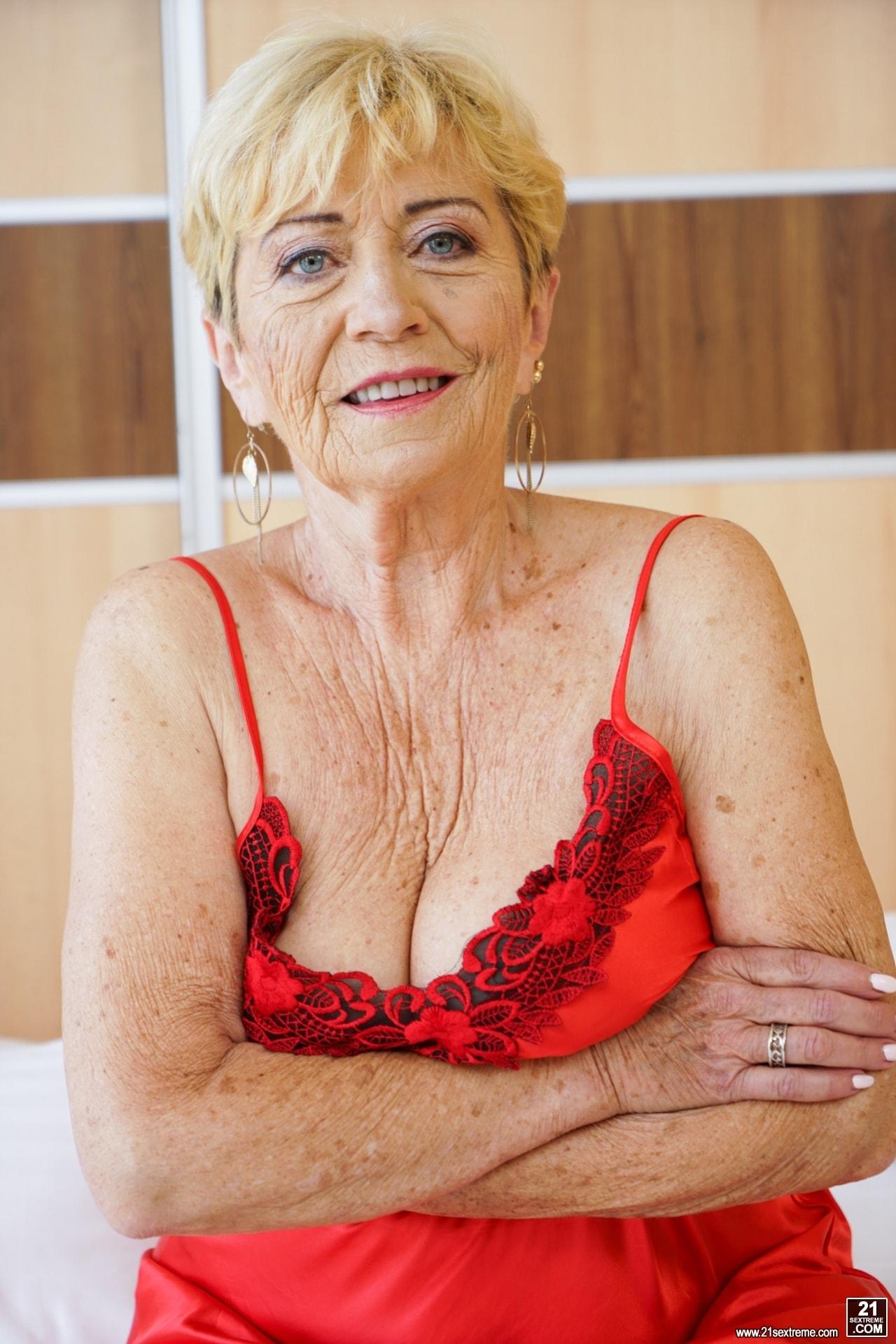 21Sextury 'Old Passion' starring Malya (Photo 1)