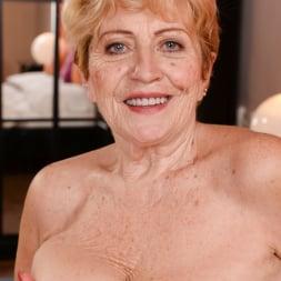 Malya in '21Sextury' Vintage Vagina (Thumbnail 70)