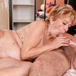 Malya in '21Sextury' Vintage Vagina (Thumbnail 126)