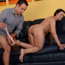 Margo T. in '21Sextury' Cock-hungry GILF (Thumbnail 75)